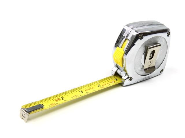 centimeter-2261_640